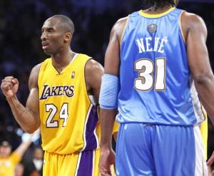 """""""Já disse aqui neste botequim: se o Denver não diminuir o volume de jogo de Kobe Bryant, por mais que se anule Pau Gasol, Lamar Odom e companhia, não vai dar para ganhar esta série"""". Palavras de Fábio Sormani sobre o embate Lakers x Denver na Conferência Oeste da NBA. Sormani sabe das coisas."""