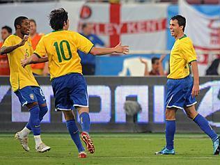 7155405_brasil_x_inglaterra_237_316