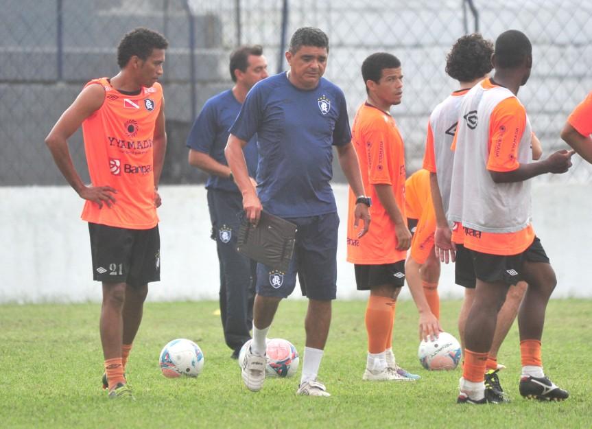 Remo Flavio e jogadores-Mario Quadros (1)