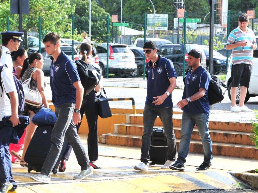 Remo Embarque para o Rio-Mario Quadros (6)