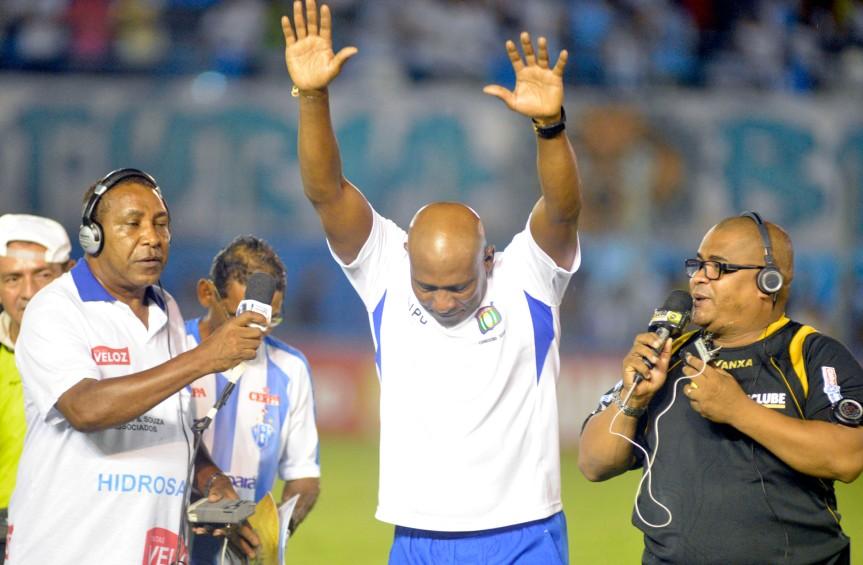 PSCXS Caetano homenagem ao ex jogador Mendonca-MQuadros (2)
