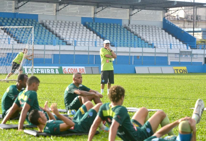PSC Artuzinho e jogadores-Mario Quadros