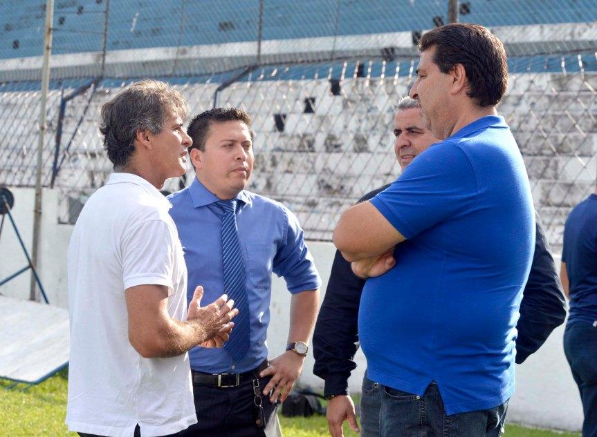 Remo Charles,Tiago,Henrique e Zeca Pirao-Mario Quadros (2)