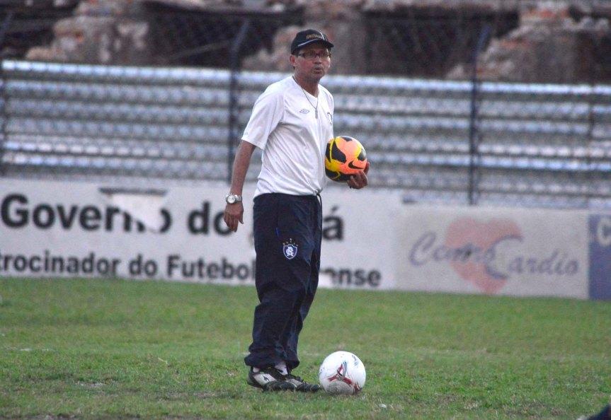 Remo sub20 Valter Lima tec-Mario Quadros