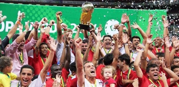 28jul2014---brasilia-conquistou-o-titulo-da-copa-verde-em-2014-e-com-isso-garantiu-vaga-na-sul-americana-do-ano-seguinte-1406595245179_615x300