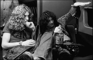 jimmy-page-and-robert-plant-1975