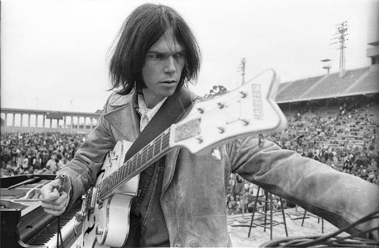 Neil-Young-CSNY-