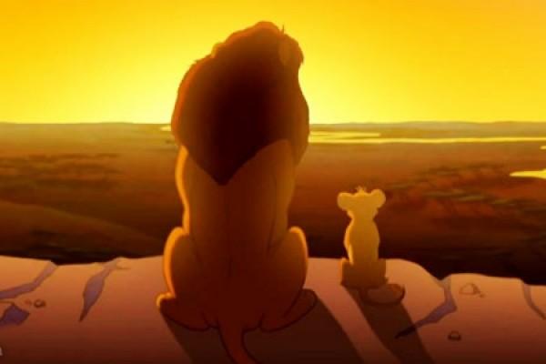 Celebrate-Fathers-Day-with-Disneys-Simba-and-Mufasa-600x400