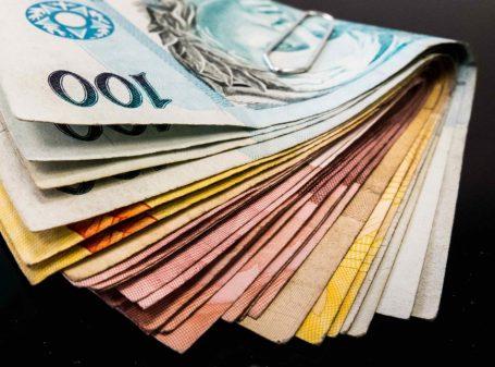 dinheiro_notas-1-868x644