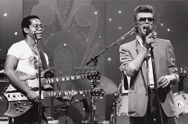 Carlos_AlomarDavid_Bowie-1977