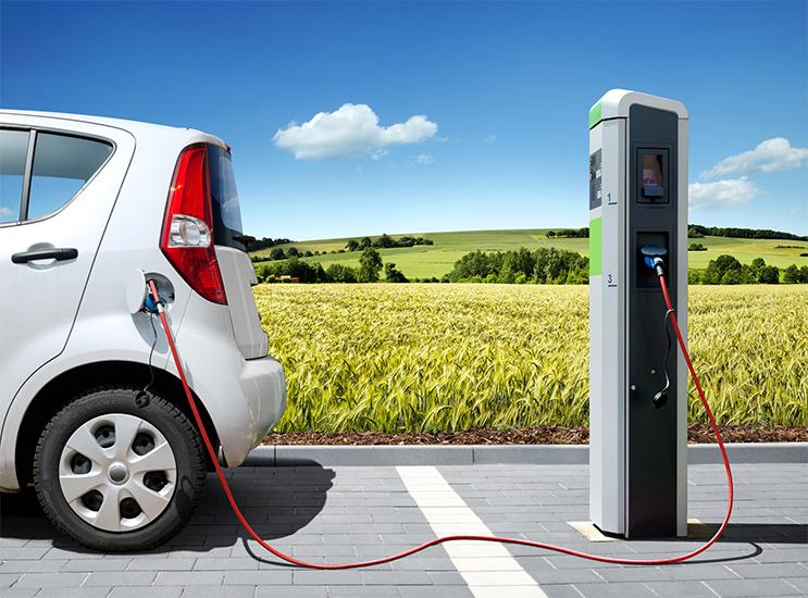 Conferência-debate-viabilização-de-veículos-elétricos-e-híbridos-no-mercado-brasileiro