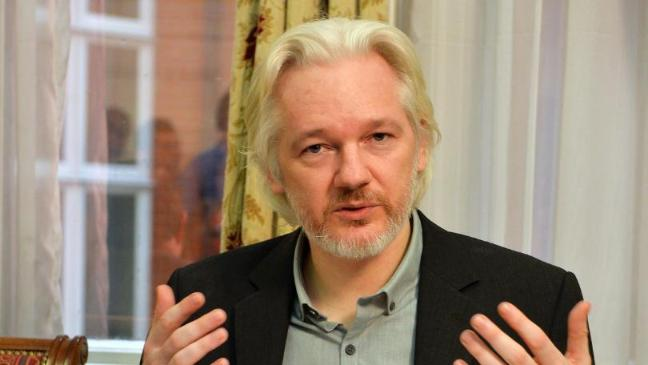deal-could-see-julian-assange-questioned-by-swedish-officials-inside-embassy-136402870611703901-151213160005
