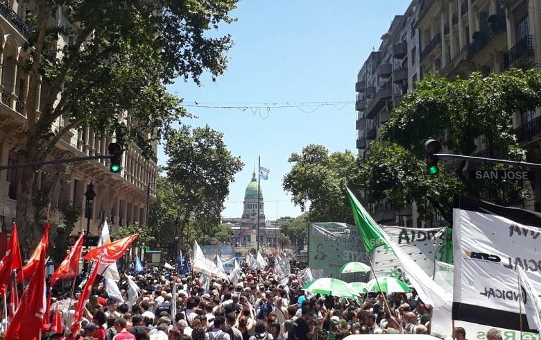 20171214-protesto-macri-bsas
