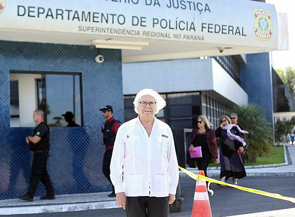 Adolfo-Perez-Esquivel-barrado-na-Polícia-Federal