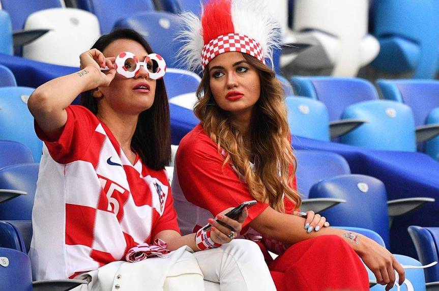 FBL-WC-2018-MATCH23-ARG-CRO-FANS