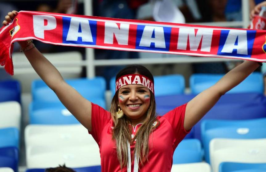 FBL-WC-2018-MATCH30-ENG-PAN-FANS