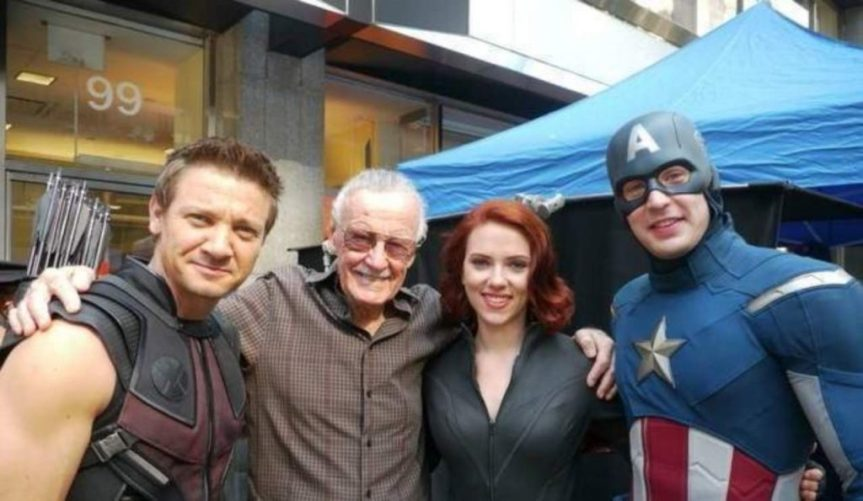 marvel-avengers-stars-celebrate-stan-lee-95th-birthday-1069937-1280x0-1024x595
