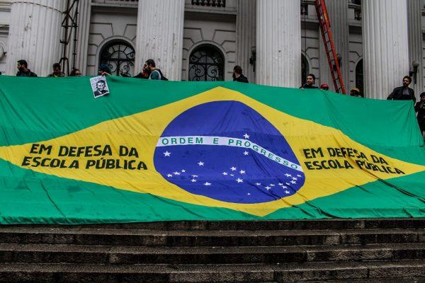 bandeira-do-brasil-600x400
