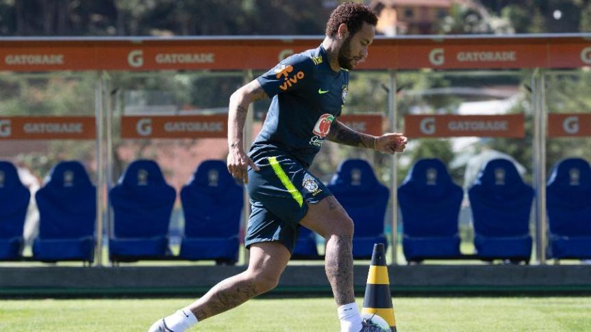 neymar-durante-treino-da-selecao-brasileira-antes-da-copa-america-1559333366614_v2_900x506