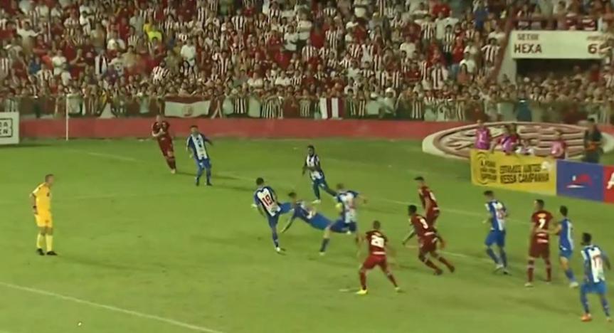 uchoa-penalti